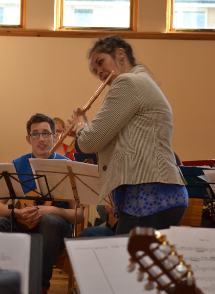 Shona enjoys rehearsal time with Da Capo Alba